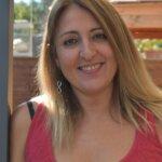 marta-a-jou-formadora-pnl-coach-maestra-reiki-ceo-centro-de-terapias-nour-de-barcelona-poblenou